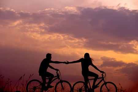 Sunset cycling - Cycling and Graffiti Tour of London - Singles Event
