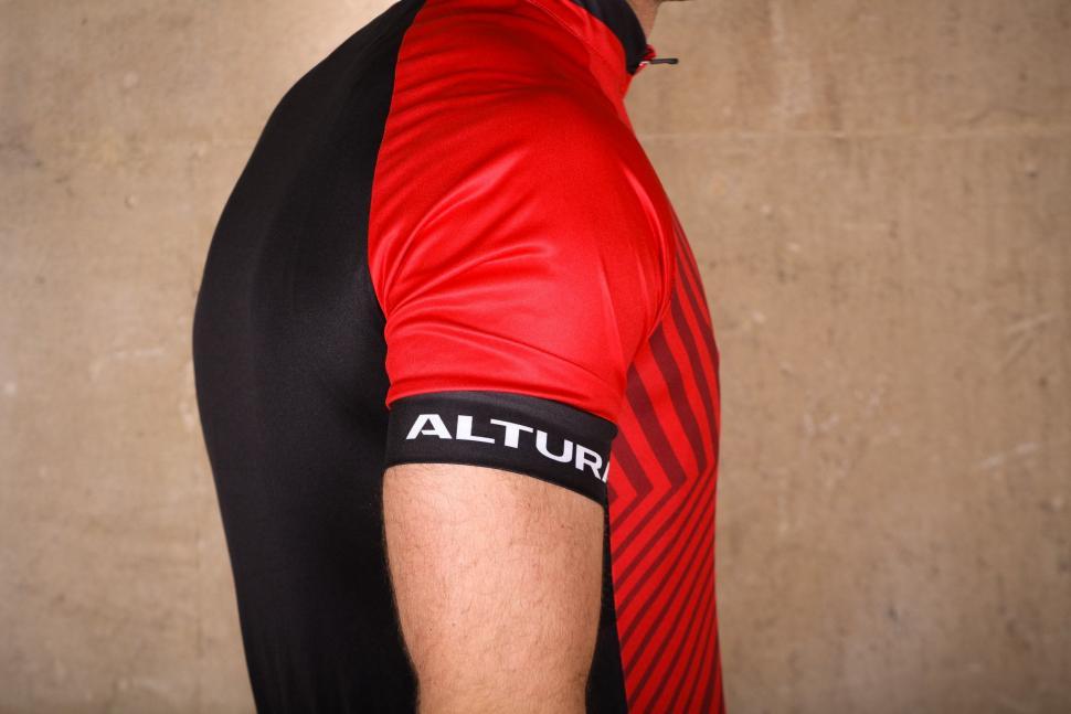 Altura Peloton 2 Short Sleeve Jersey - sleeve.jpg