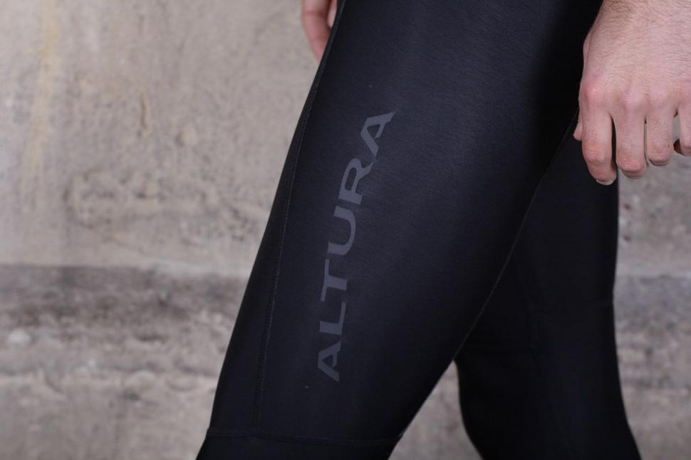 Altura Podium Elite Thermo BibTight - logo.jpg