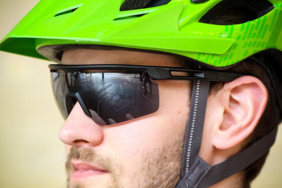 bbb_avenger_glasses_1.jpg