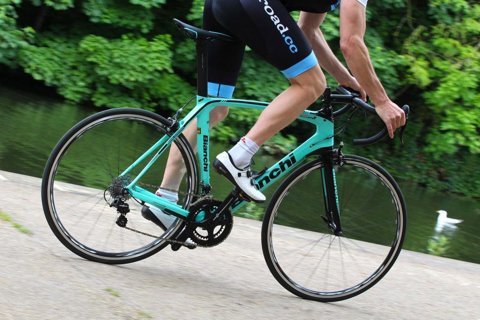 Bianchi Oltre XR3 - riding 3.jpg
