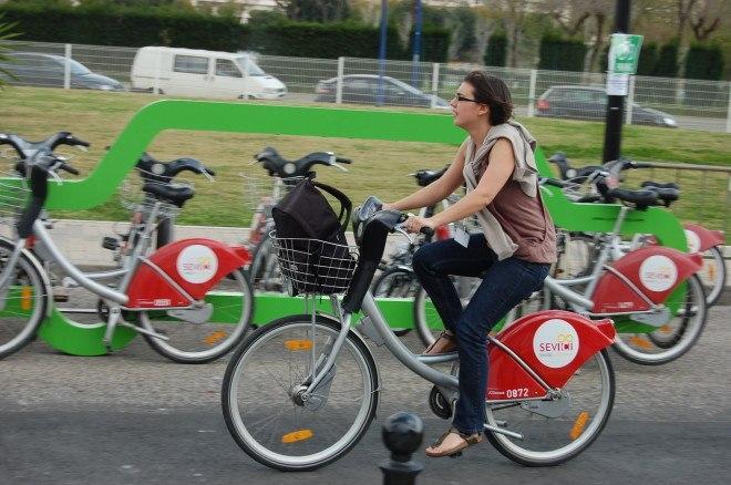 Bike sharing in Seville.jpg