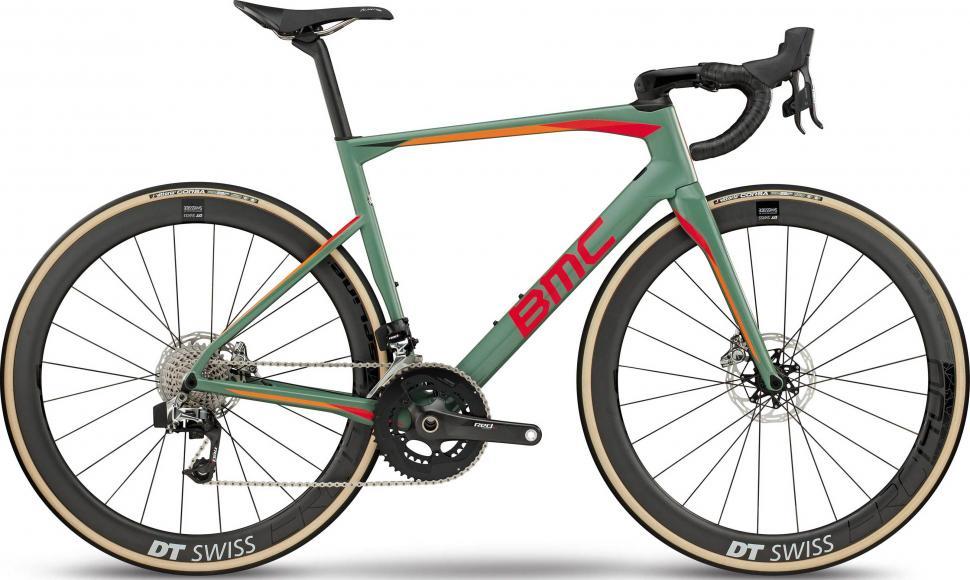 bmc-roadmachine-01-two-2018-road-bike-green-orange-EV302703-6020-1.jpg