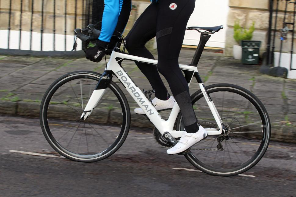 Boardman Elite Air 9.2 - riding 2.jpg