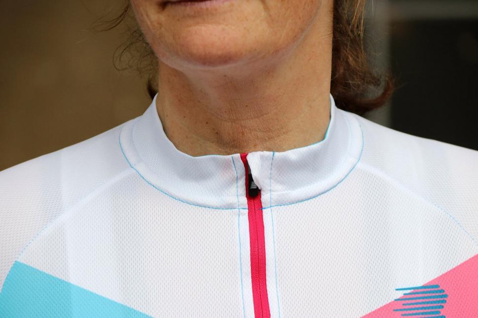 Boardman Womens Short Sleeve Jersey - collar.jpg