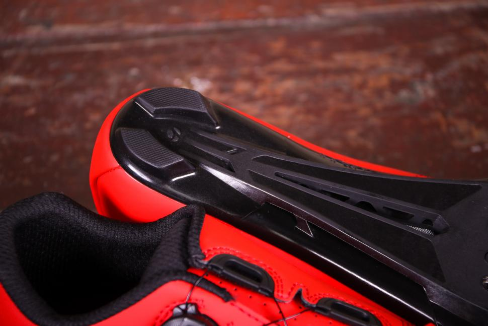 Bontrager Circuit shoes - sole heel.jpg
