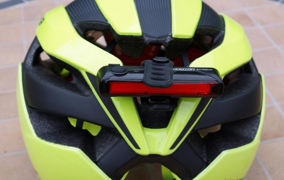 Bontrager-Velos-MIPS-helmet-LED-roadcc.jpg