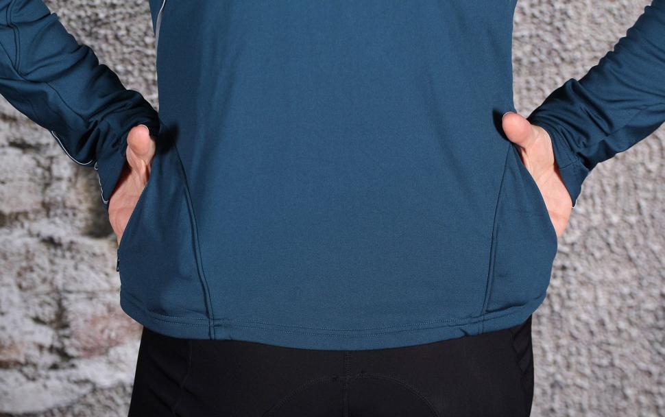 BTwin 500 Womens Cycling Jersey - pockets.jpg