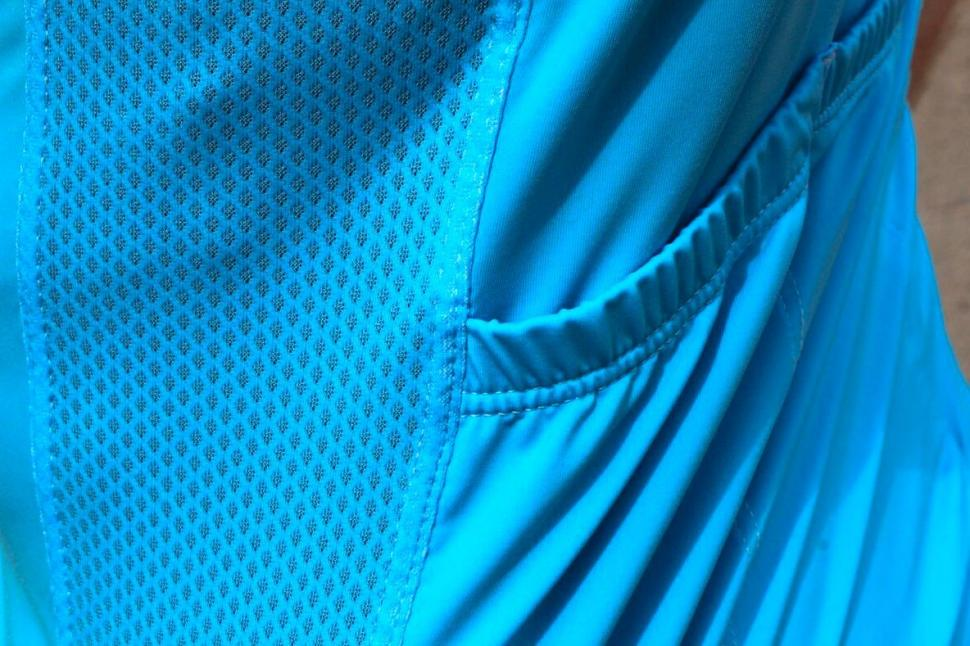 This Is Cambridge À bloc Jersey - Side Mesh:Pocket.jpg