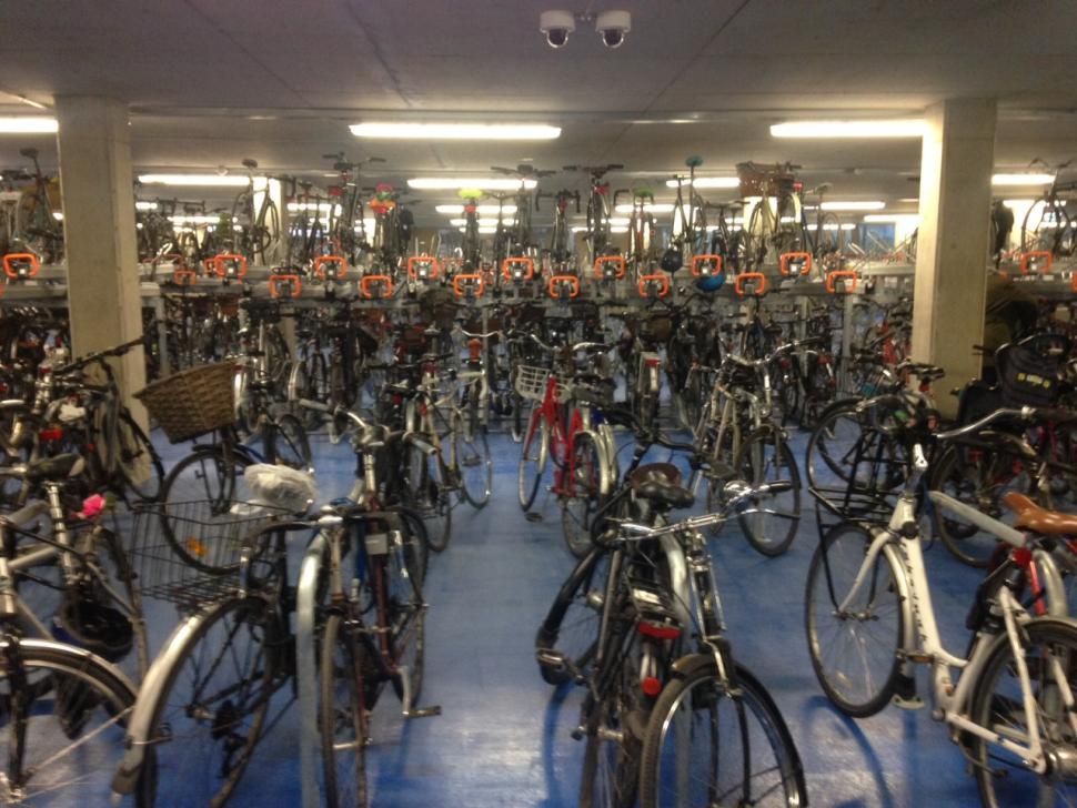 Cambridge Railway Station S New Cyclepoint Opens