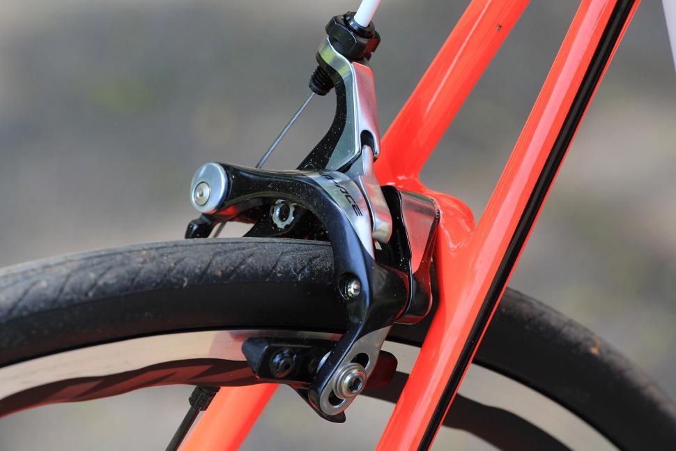 Cannondale SuperSix Evo Hi-Mod Dura Ace One - rear brake.jpg