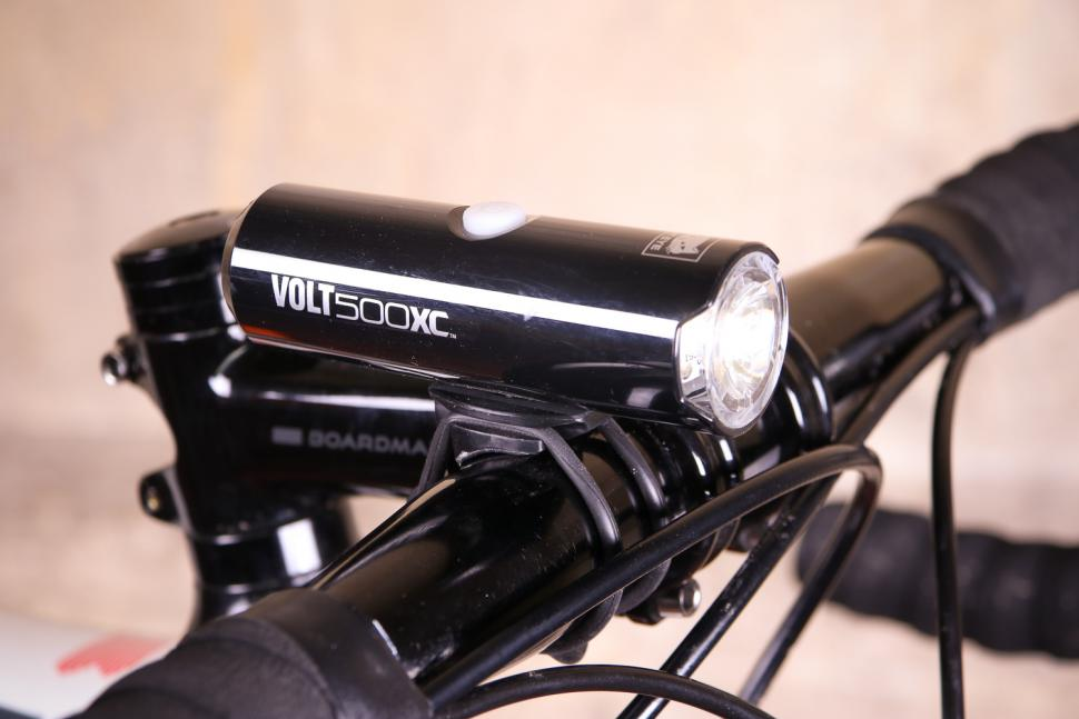 Review Cateye Volt 500 Xc Front Light Road Cc