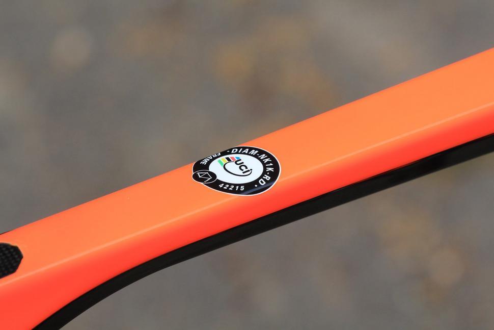 Cipollini NK1k - UCI sticker.jpg
