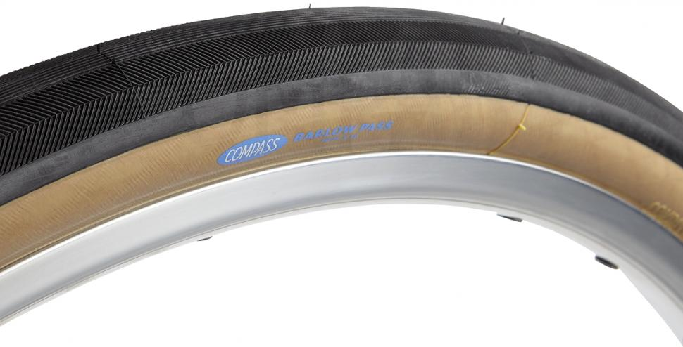 Compass Barlow Pass TC tyre.jpg