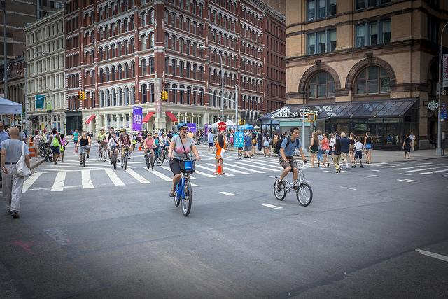 Cyclists in New York City (licensed CC BY-SA 4.0 by Billie Grace Ward).jpg