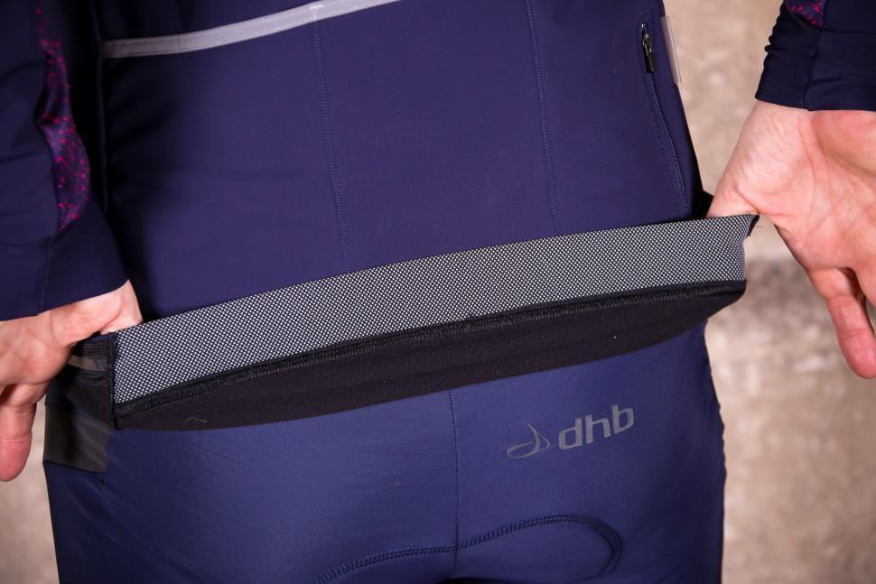 dhb Aeron Women's Full Protection Softshell - gripper.jpg