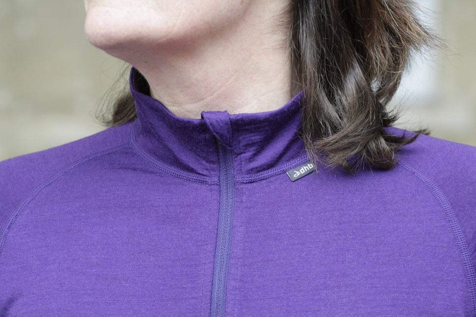 dhb Womens Merino LS Zip Neck Base Layer - collar.jpg