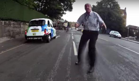 Edinburgh taxi driver (source Another Edinburgh Cyclist YouTube still).JPG