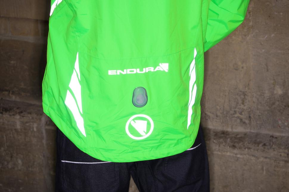 Endura Luminite DL Jacket - reflective 2.jpg