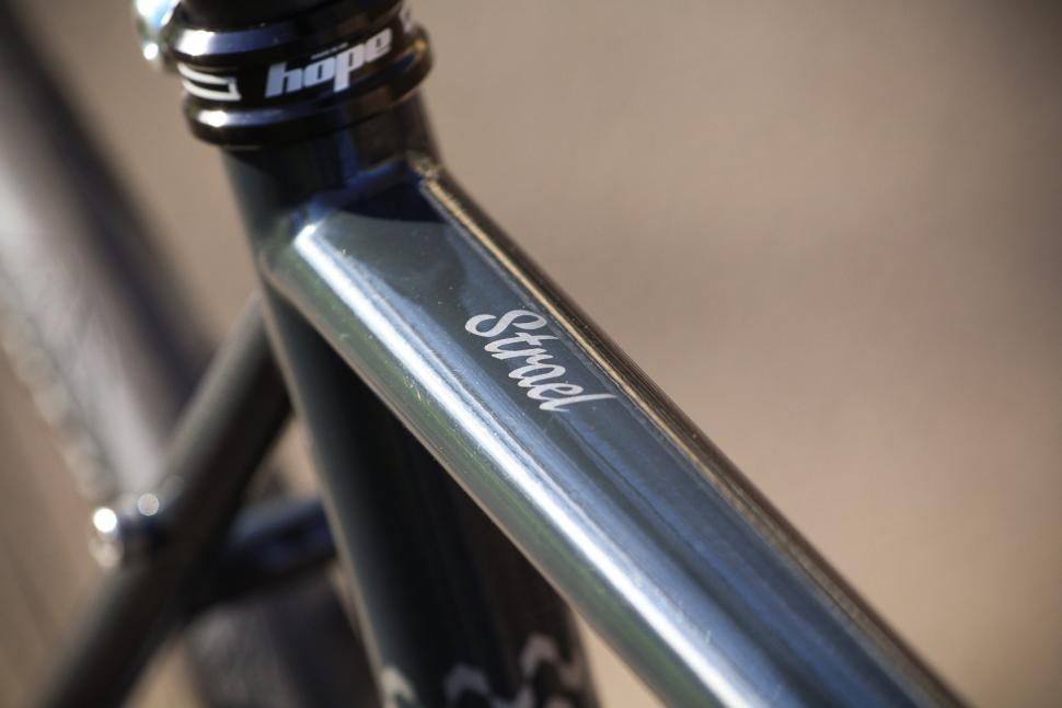 Fairlight Strael 2 - top tube decal.jpg