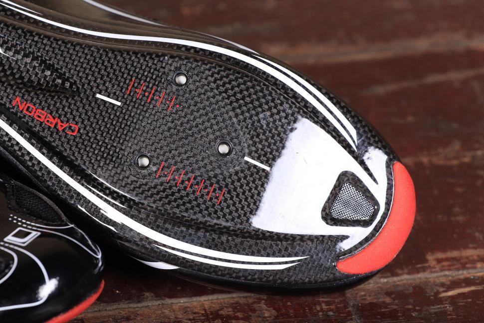FLR F-XX Strawweight Road Race Full Carbon Sole Shoe - sole toe.jpg