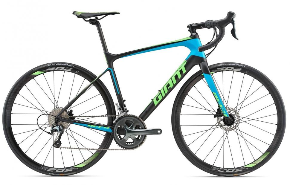Giant Defy-Advanced-3_Color-A_Carbon (1).jpg