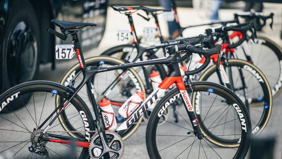 giant_bikes1.jpg
