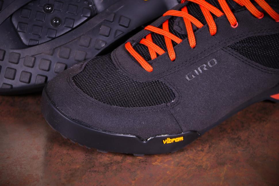 Giro Rumble VR MTB Cycling Shoes - toe.jpg
