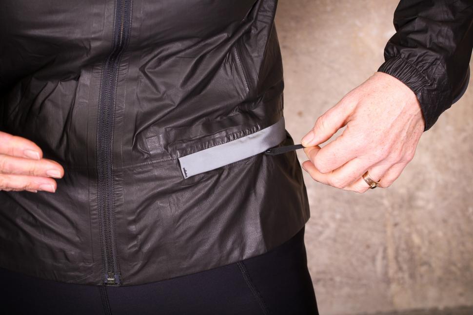 Gore One Power Lady GTX Shakedry Bike Jacket - pocket.jpg