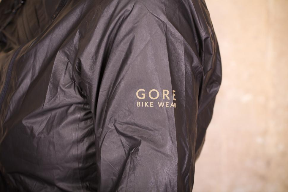 Gore One Power Lady GTX Shakedry Bike Jacket - sleeve logo.jpg
