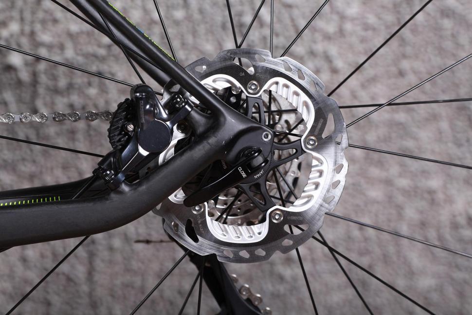 GT Grade Carbon Ultegra - rear disc brake.jpg