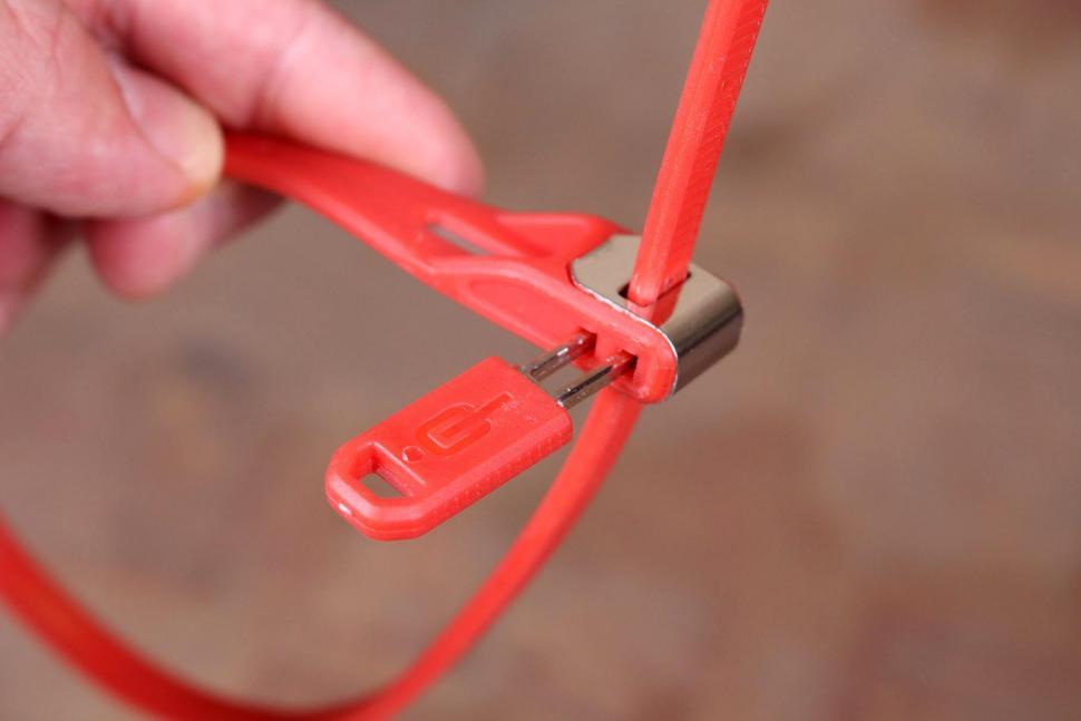 Hiplok Z-Lock Security Ties - key.jpg