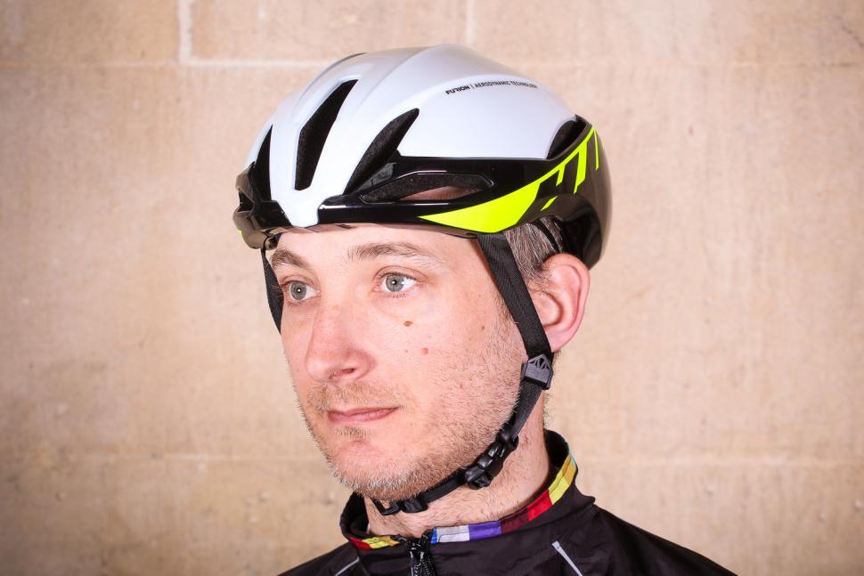 hjc_furion_helmet_-_front.jpg