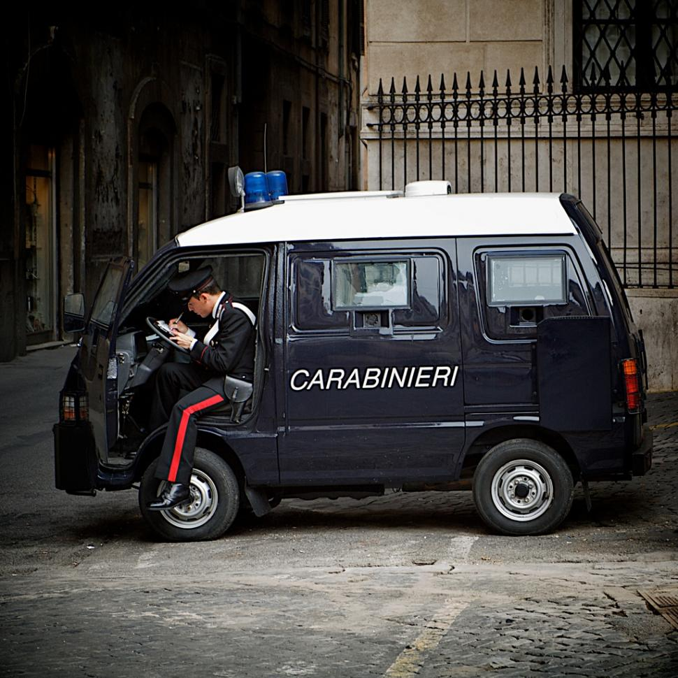 Carabinieri © Simon MacMichael.jpg