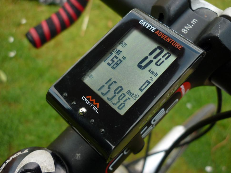 Cateye Adventure wireless altimeter cycle computer