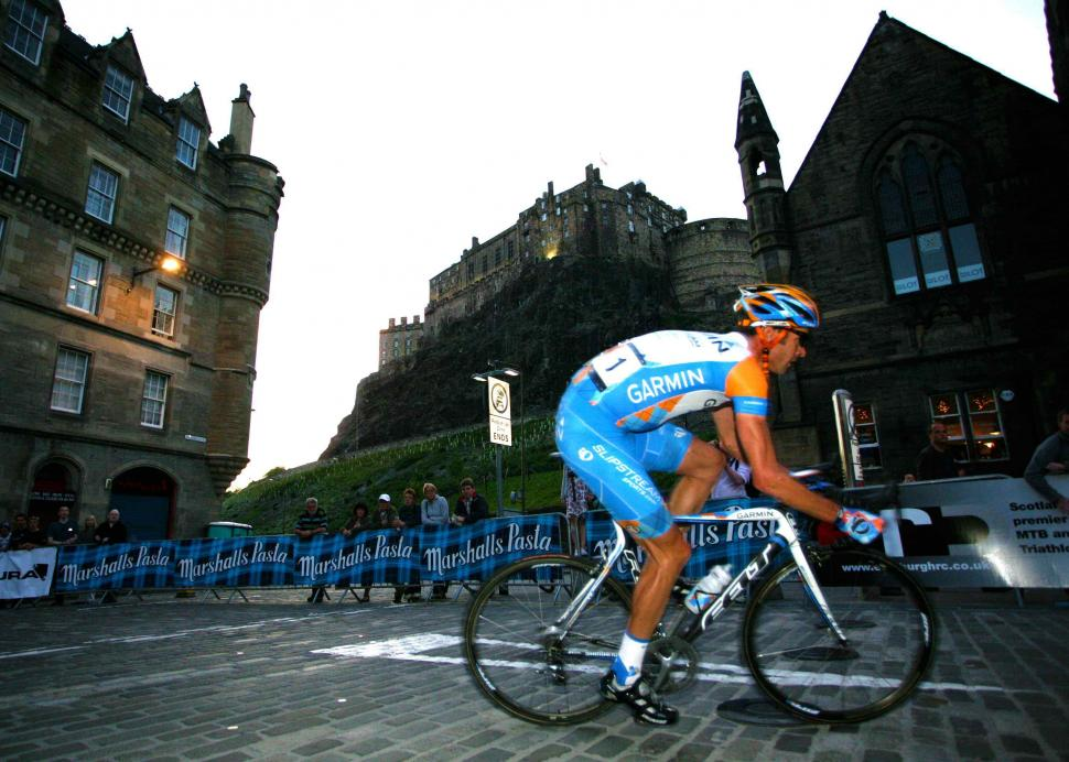 Edinburgh Nocturne - David Millar with Castle backdrop .jpg
