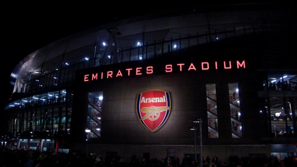 Emirates Stadium © Simon MacMichael.jpg