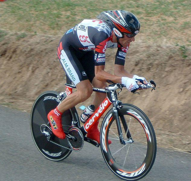 Ivan Basso during 2005 Tour de France (copyright Gsl:Wikimedia Commons).jpg