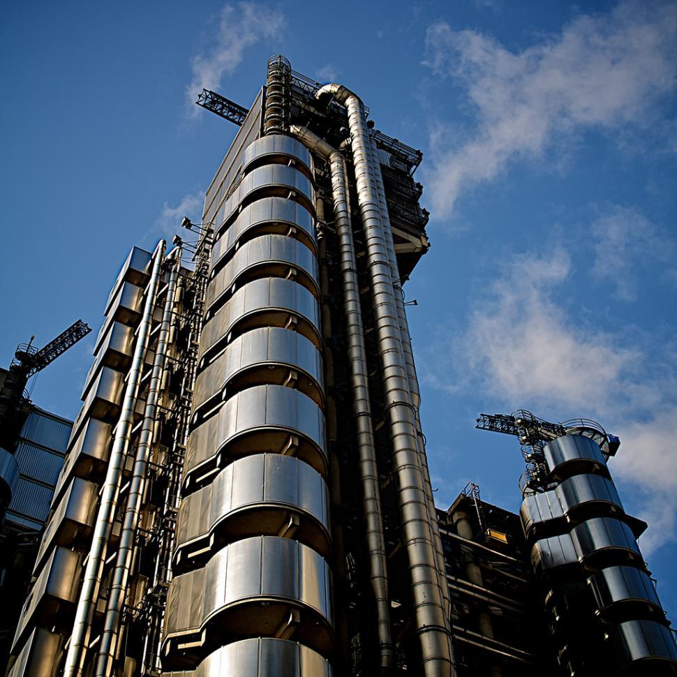 Lloyd's of London (© Simon MacMichael).jpg