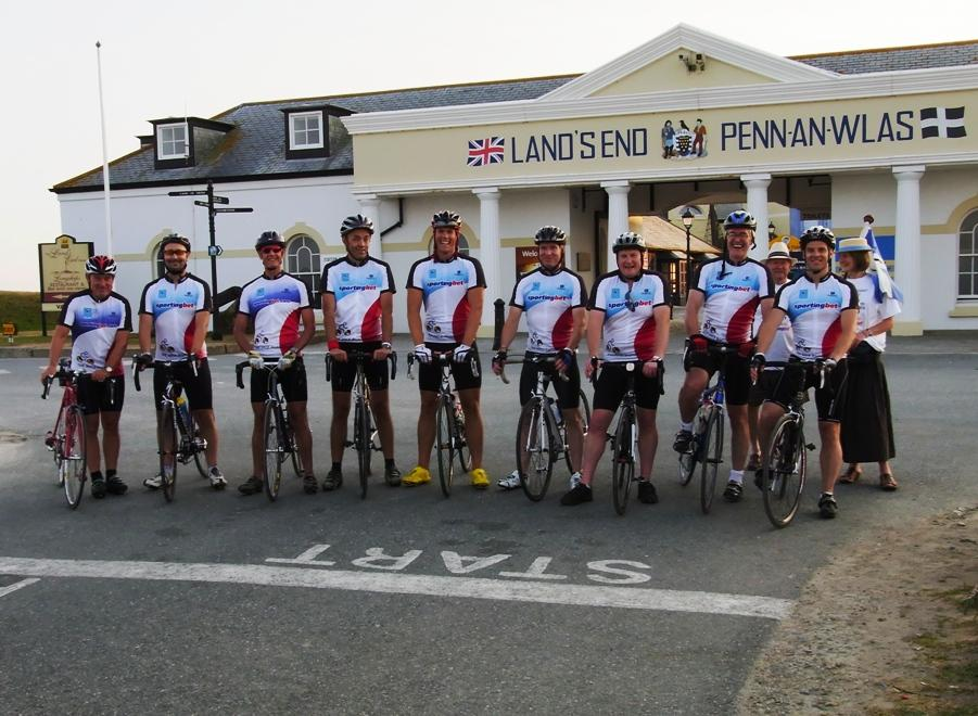 TRAT 2010 team at Land's End