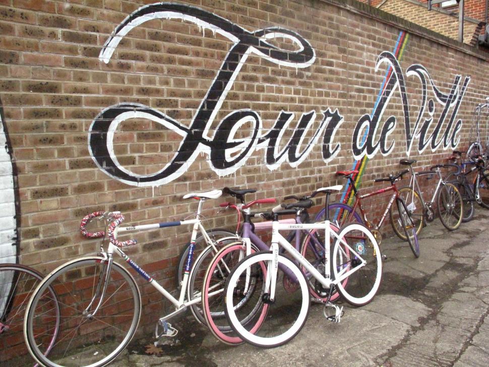 Tour de Ville, London Fields Starting point.