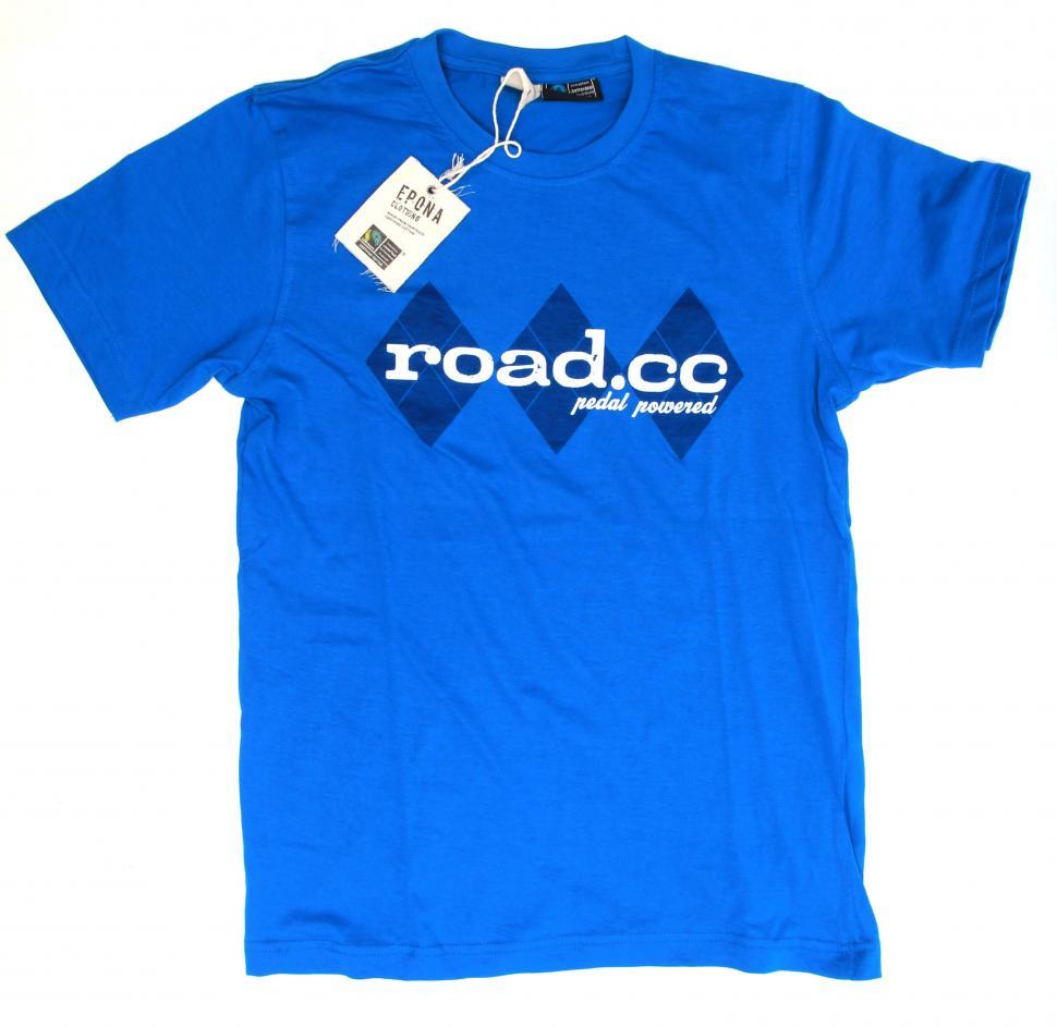 road.cc tee blue on white