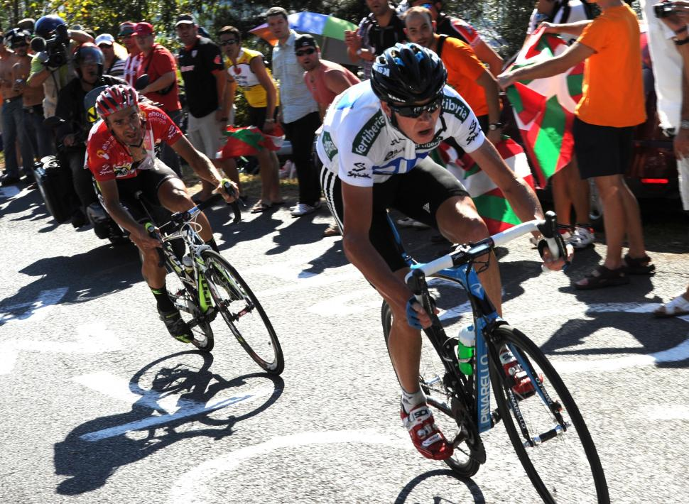 Chris Froome attacks on the way to Bilbao (copyright: Tour of Spain/Graham Watson).jpg