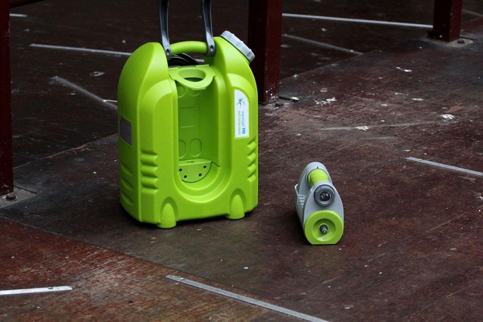 IAqua2go PRO - Smart Pressure Cleaner- Product&Power