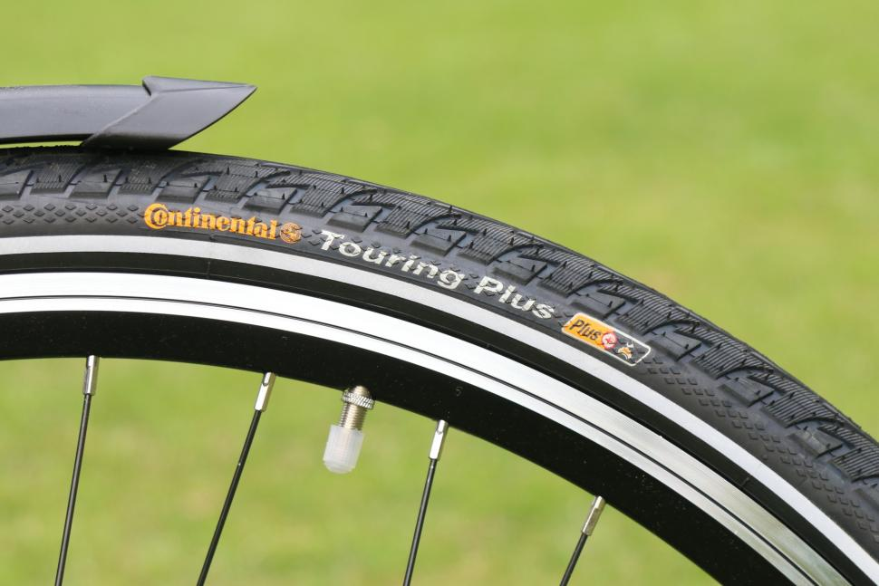 B'Twin Hoprider 520 10 - Continental Touring Plus tyre