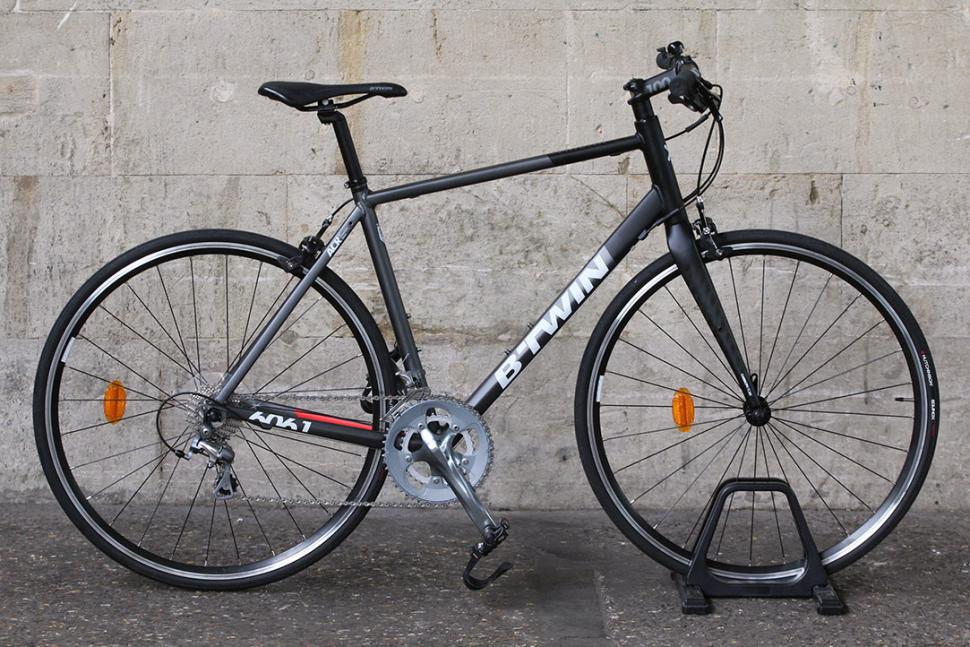 Btwin triban 300 road bike review bicycling and the best for Triban 300