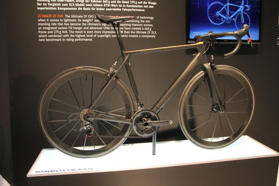6 of the lightest road bikes — bike makers challenge the scales with ...