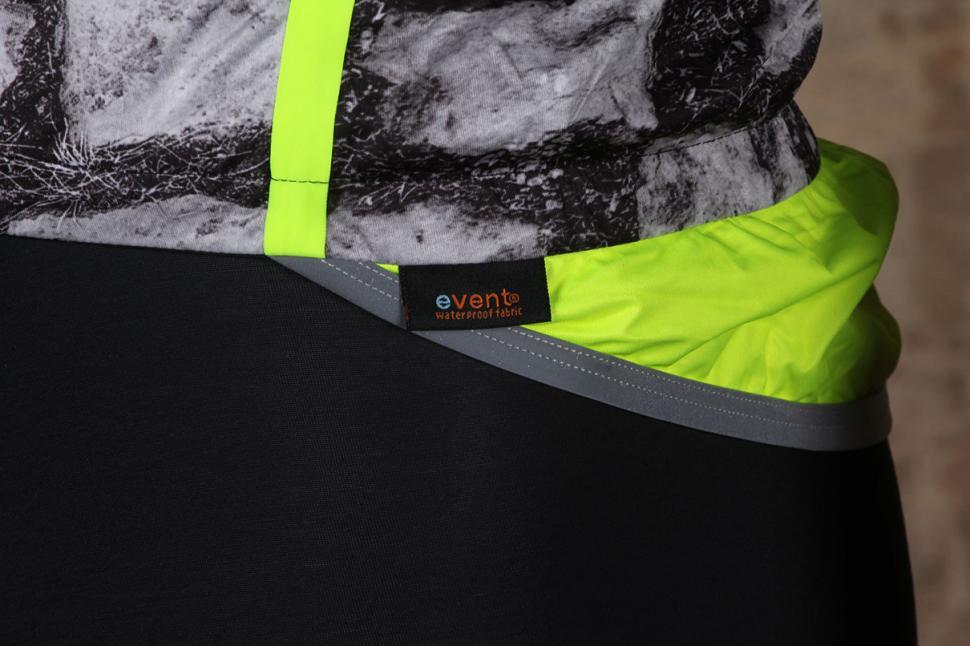 Castelli Pave Jacket Label