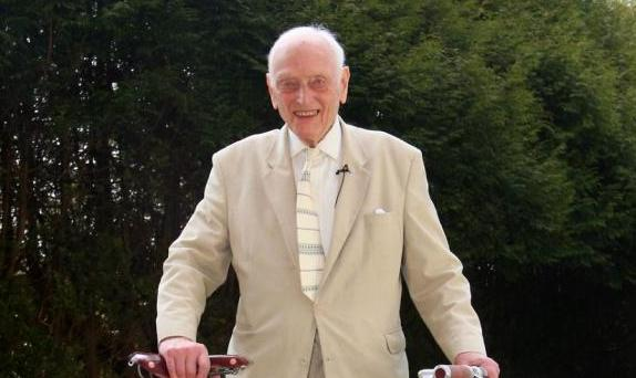 Dr Alex Moulton at his 90th birthday
