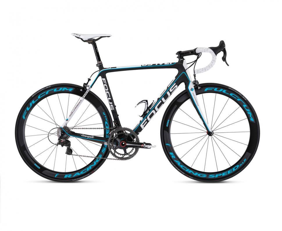 WorldTour Team Bikes 2013: Ag2r La Mondiale's Focus Izalco
